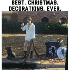 In order to save you some time, we've searched the entire internet to bring you the best funny pictures of the day. Christmas Humor, Christmas Fun, Holiday Fun, Funny Christmas Memes, Holiday Ideas, Christmas Lights, Office Christmas, Xmas Ideas, Christmas Movies