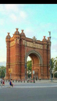 Arco del Triunfo. Barcelona