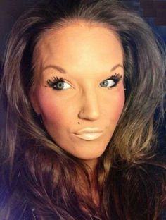 15 People Who Need to Put the Makeup Brush Down 0 - https://www.facebook.com/diplyofficial