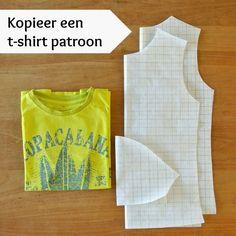 t-shirt patroon kopiëren http://sewnaturalblog.blogspot.nl/2014/09/t-shirt-sew-along-make-pattern.html