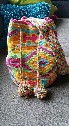 http://craftsbymanon.blogspot.nl/2015/02/mochila-bag-original.html?m=1