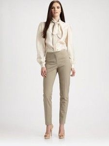 Fall Fashion Style: Fitted Woven Pants. This site has soooo many cute fall fashion items!