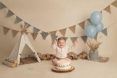 Cake Smash Session - Organic Baby Photography - Baby Photographer - Milestone Session - First Year Photos - Photography by Jennifer Lambson. Boys 1st Birthday Cake, 1st Birthday Photoshoot, 1st Birthday Pictures, Happy Birthday, First Year Birthday, Card Birthday, Diy Birthday, Birthday Quotes, Birthday Ideas