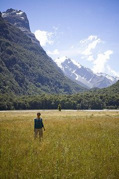 New Zealand; Must must MUST go there one day! ITS FREAKN MIDDLE EARTH, COME ON!