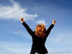 10 consejos para aumentar la confianza en ti misma - http://www.leanoticias.com/2011/12/21/10-consejos-para-aumentar-la-confianza-en-ti-misma/