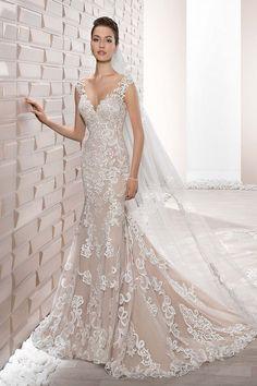 Νυφικά Φορέματα Demetrios 2017 Collection - Style 713