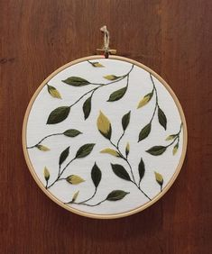 Beautiful Floral Embroidery Designs via Embroidery Near Me Long Beach Ca what Embroidery Patterns Dmc Hand Embroidery Tutorial, Hand Embroidery Stitches, Embroidery Hoop Art, Hand Embroidery Designs, Floral Embroidery, Cross Stitch Embroidery, Hand Stitching, Embroidery Sampler, Creations