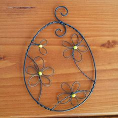 Wire Crafts, Decor Crafts, Sun Catcher, Beads And Wire, Wire Work, Wind Chimes, Easter Eggs, Washer Necklace, Macrame