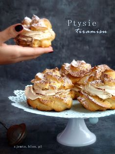 Tiramisu, Beignets, Sweet Recipes, Biscuits, French Toast, Recipies, Deserts, Cupcakes, Sweets