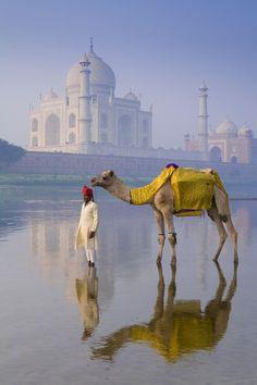 Agra, Taj Mahal - View from the Yamuna River