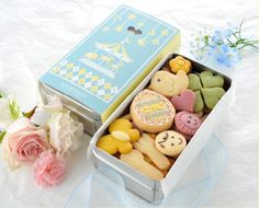 Recommended for birth family celebration a personal cookie (canned cookies) Photos