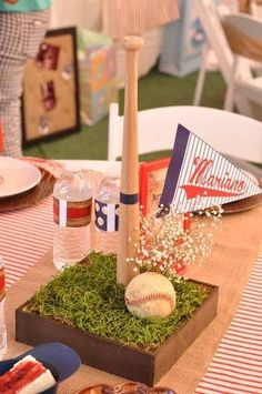 Baby Shower Centerpieces For Boys Baseball Bar Mitzvah Ideas For 2019 Sports Centerpieces, Baseball Centerpiece, Baby Shower Centerpieces, Centerpiece Decorations, Baseball Party Decorations, Centrepiece Ideas, Baseball Theme Birthday, Sports Birthday, Ideas Para Fiestas