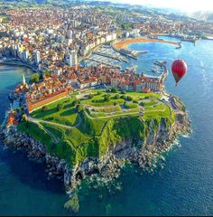 10 Best Cities to Visit in Spain Wonderful Places, Beautiful Places, Asturias Spain, Beach Vibes, Paraiso Natural, Biarritz, Spain And Portugal, Spain Travel, Africa Travel