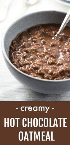 This rich and creamy hot chocolate oatmeal is a dream come true for all chocoholics Its super easy and quick to make will satisfy your chocolate craving and fill you up a. Hot Oatmeal Recipe, Healthy Oatmeal Recipes, Vegan Oatmeal, Oats Recipes, Healthy Breakfast Recipes, Real Food Recipes, Yummy Food, Smoothie Recipes, Healthy Food