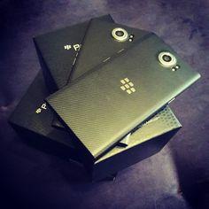 """#inst10 #ReGram @r.bilan: Прислушивайся но не слушай никого ты пройдёшь все трудные ступени и будешь на верху успеха!  BlackBerry Priv - твой путь к успеху.  BlackBerry """"Priv - 360$  Добро пожаловать в премиум класс!  ________________________________________ #Blackberry #blackberry.bb.ua @blackberry.bb.ua #bb_ua #ежевика #Priv #KEYone #keyone #passport #classic #Q30 #Q10 #Z30 #leap  #премиум #класс @blackberryclubs @blackberry_russia"""