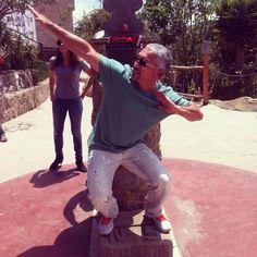 @Cesar Millan: Tour moments. #LiderdelaManada #tourlife #tour #travelpics  what you doing?