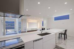 株式会社細川建築デザイン の モダンな キッチン 四万十の家