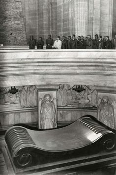 Adolf Hitler and his officials visiting the Les Invalides the tomb of Napoléon Bonaparte at Paris France1940. Pin by PapaSepp
