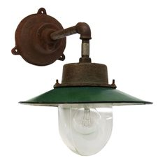 arlo wall green | Lights | 360volt. The biggest collection vintage industrial lighting. Specialized in factory, enamel and industrial lamps.