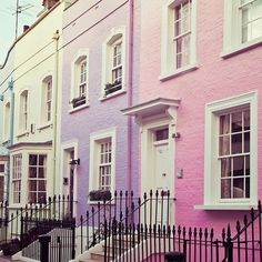sweetheartsigma:  I think this should be named preppy avenue.. Love these houses