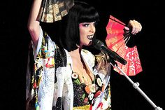 Some of the Most Bizarre Celebrity Fashion - Katy Perry Sushi Dress | Guff