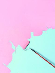 Peinture rose sur lagon