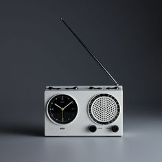 Dieter Rams, Braun clock radio (ABR 21 signal radio), 1978; design: Dieter Rams and Dietrich Lubs, photo: Koichi Okuwaki.