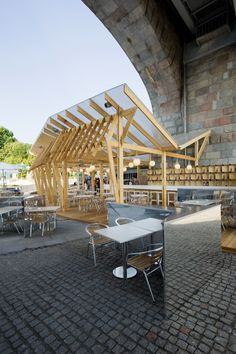 Image 3 of 7 from gallery of Olive Beach / Wowhaus Architecture Bureau. Photograph by Ivanov, Karpov, Yogastan Architecture Design, Architecture Restaurant, Timber Architecture, Restaurant Design, Landscape Architecture, Installation Architecture, Contemporary Architecture, Timber Structure, Shade Structure