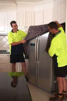2 jours avant, dégivrer le réfrigérateur, et le nettoyer.