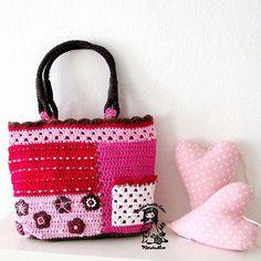 Patchwork crochet bag by Vendula Maderska / VendulkaM Crochet Motifs, Crochet Tote, Crochet Handbags, Crochet Purses, Knit Or Crochet, Irish Crochet, Crochet Stitches, Crochet Patterns, Purse Patterns