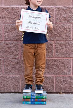 :: armelle blog ::: first day of school printable sign ...