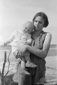 Migrant mother holds her child 8x12 by VintageShowcase on Etsy, $8.00