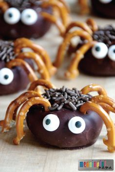 Surprise your toddler with a creepy crawly after-school snack that's as tasty as it is fun to eat. These easy mini spider donuts are decorated like spiders with the help of pretzel pieces and sprinkle eyes. Your little one is sure to love this fun Halloween treat!