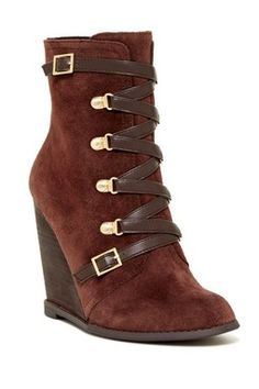 Kadeer Wedge Boot