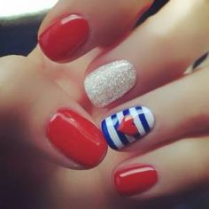 get yourself ready for the 4th! #manimonday #nailspotting #4thofJuly