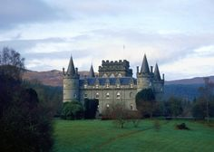 n Inveraray Castle has been standing on the shores of Loch Fyne since the 1400s, although the impressive castle we know today was inspired by a sketch by Vanburgh, the architect of Blenheim Palace and Castle Howard in the 1700s.