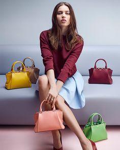 God Save the Queen and all: The Mini C De Cartier handbag #cartier #handbags