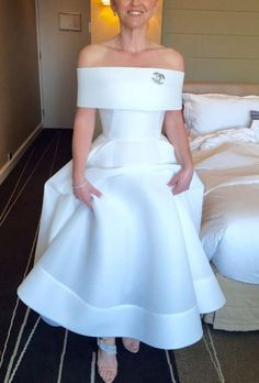 Toni Maticevski Thorax Gown Second Hand Wedding Dress Save Second Hand Wedding Dresses, Wedding Dresses For Sale, Satin Flowers, Stretch Satin, Bridal Gowns, Marie, Chiffon, Tea Length, Handmade Flowers