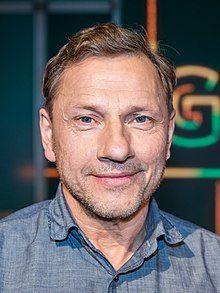 Männlich deutsche über 40 schauspieler Jungfrau (40),