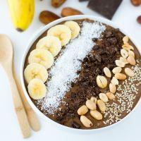 Smoothie bowl : 6 recettes à tester au petit-déjeuner #chocolat #peanutbutter