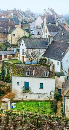 9 Charming Towns in France!
