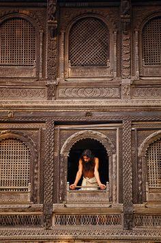 India Travel Photography: Varanasi, India Inspiration for my Prayer room decor and furniture Varanasi, Goa India, India Tour, Jaisalmer, Udaipur, Taj Mahal, Studio Mk27, Pakistan, Indian Architecture