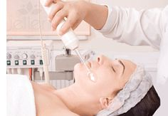High Frequency Facial Treatment For Acne & Aging Skin - Beauty Cystic Acne Treatment, Facial Treatment, Facial Skin Care, Anti Aging Skin Care, Spas, High Frequency Facial, Microcurrent Facial, Beauty, Cabins