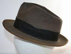 Vintage Men's Hat 1940's Men's Fedora by by ilovevintagestuff