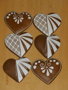 Gingerbread Decorations, Gingerbread Man, Royal Icing, Holiday Treats, Cookie Decorating, Easter Eggs, Valentines, Chocolate, Hearts