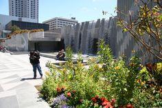 Yerba Buena gardens | Yerba Buena Gardens - Stadtpark in San Francisco mit Metreon, Museum ...
