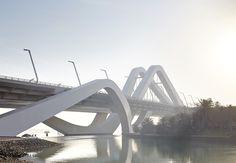 Sheikh Zayed Bridge (Abu Dabi, UAE)