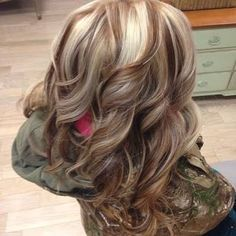 Image result for blonde hair with cherry  and chocolate lowlights