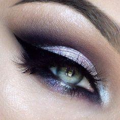 light lavender eye, gorgeous