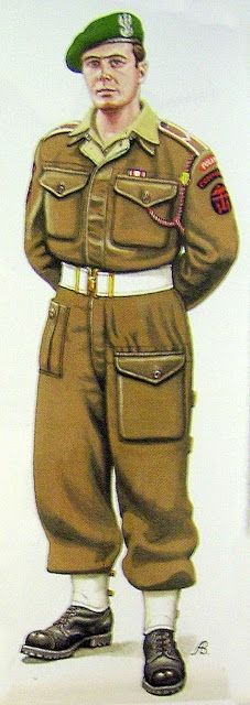 A Commando soldier - (Polish Army) British Armed Forces, British Soldier, British Army, Military Gear, Military History, Ww2 Uniforms, Military Uniforms, Commonwealth, British Commandos